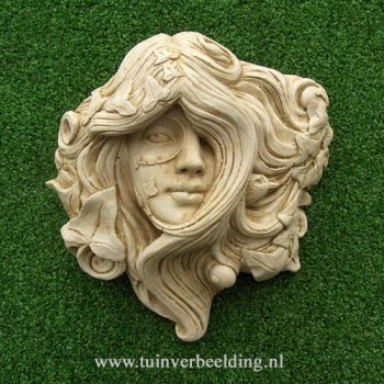 Armscote Green Woman