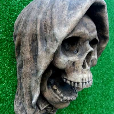 """Ringwraith"" Hooded Skull Gargoyle"