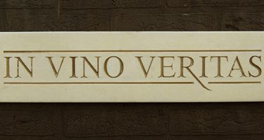 In Vino Veritas – In Wine, Truth