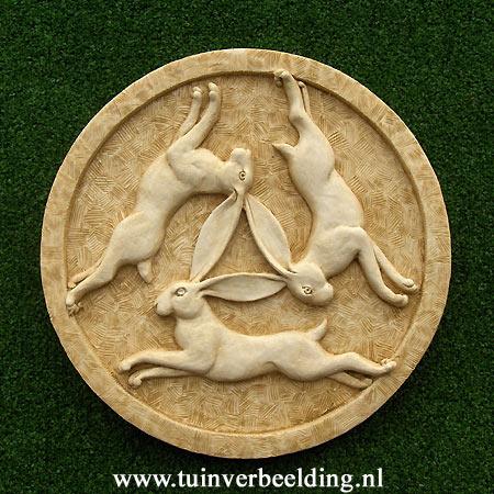 Three Hares Roundel medium