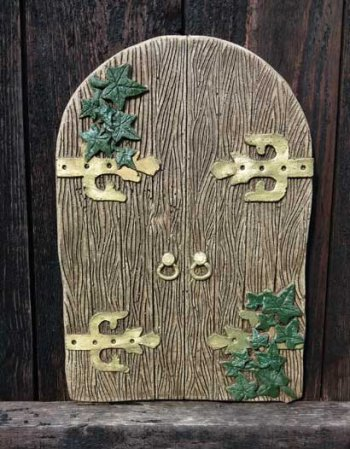 Gothic Fairy Door & Ivy